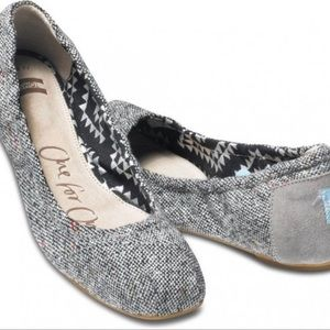 TOMS One for One Gray Tweed Lurex Ballet Flats